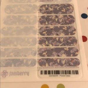 Jamberry wrap- Floral Oasis
